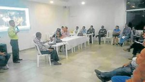 En días pasados, la comunidad se reunió con el Alcalde y sus funcionarios para tratar diferentes problemáticas que vive el sector.  - Suministrada/GENTE DE CAÑAVERAL
