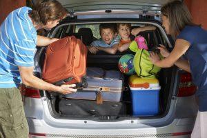 Lo ideal es hacer la revisión del vehículo al menos una semana antes de emprender el viaje, en un taller autorizado o centro especializado.  - Banco de imágenes/GENTE DE CAÑAVERAL