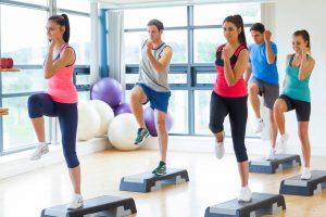 Los profesionales recomiendan hacer ejercicio y mantener un buen estado mental y emocional. Esto ayudará a mejorar su desempeño diario en su rutina.  - Banco de imágenes /GENTE DE CAÑAVERAL