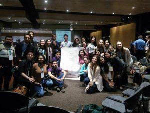 El grupo de estudiantes del colegio Cantillana viajó esta semana para participar en un encuentro internacional de Laureados premios Nobel de Paz.  - Suministrada/GENTE DE CAÑAVERAL