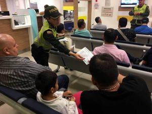 La Policía realiza diferentes campañas de prevención en los centros comerciales y en los conjuntos residenciales.  - Suministrada/GENTE DE CAÑAVERAL
