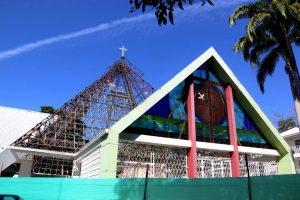 La primera fase de remodelación de la parroquia Santa María Reina de Cañaveral inició hace dos semanas. - Elver Rodríguez/GENTE DE CAÑAVERAL