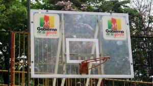 Un arco está dañaldo y el otro se cayó. La comunidad espera que la Alcaldía ejecute su mantenimiento muy pronto. - Fabián Hernández/GENTE DE CAÑAVERAL