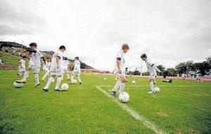 La escuela inicia el 26 de junio. Cien niños podrán entrenar con la liga inferior del Real Madrid. - Suministrada/GENTE DE CAÑAVERAL