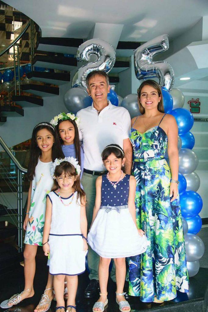 Javier Castilla, Elizabeth Rueda, Paula Castilla, Melanie Castilla, Elizabeth Castilla y Nicolle Castilla.  - Suministrada/GENTE DE CAÑAVERAL