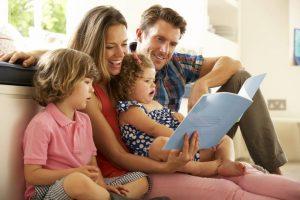 La función modélica de los padres es determinante en los primeros años de vida para la conformación del carácter de la persona. - Banco de imágenes/GENTE DE CAÑAVERAL