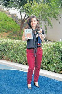 Yazmín Botero trabaja como editora en la Fundación El Libro Total de Bucaramanga y vive en el sector. - Fabián Hernández/ GENTE DE CAÑAVERAL