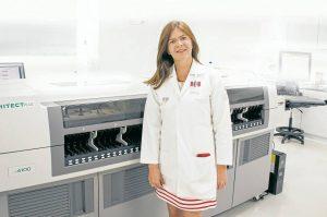En 2016, Norma Serrano recibió el premio al mejor trabajo de investigación en XXI Congreso SAGO Linares – España. - Suministrada/ GENTE dE CAÑAVERAL