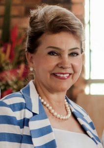 Diana Giraldo, condecorada como Mujer del Año en Santander por el Woman's Club. - Archivo / GENTE DE CAÑAVERAL
