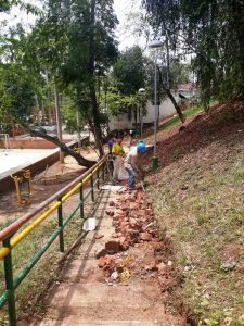Actualmente se ejecuta la adecuación de las canaletas de los alrededores de la cancha La Pera.  - Suministrada/GENTE CAÑAVERAL