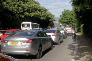Según los conductores, la congestión vial comienza en el anillo vial y continúa en el sector de Zona Refrescante.  - Fabián Hernández/GENTE DE CAÑAVERAL