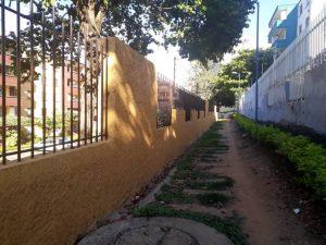 Así luce el nuevo muro construido en el sector C de El Bosque. Hace dos meses finalizó la obra.  - Suministrada/GENTE DE CAÑAVERAL