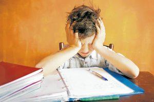 Cuando un niño ha empezado a padecer estrés o está en una situación que puede iniciar su padecimiento, es importante escucharle y valorar sus opiniones - Banco de Imágenes /GENTE DE CAÑAVERAL
