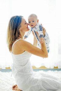 Los profesionales de la salud aseguran que los niños que consumen la leche materna corren menos riesgo de enfermarse durante los primeros años de su vida.    - Banco de Imágenes /GENTE DE CAÑAVERAL