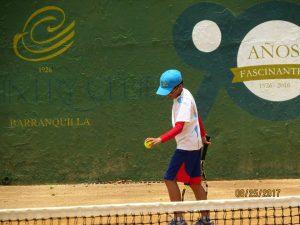 Jugar tenis es otra de sus pasiones, en la que ha obtenidos reconocimientos en el ámbito nacional.  - Suministrada/GENTE DE CAÑAVERAL