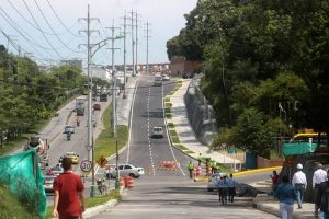 En los próximos días se espera la instalación del semáforo sobre la calle 34 con 9, con el fin de habilitar el tercer carril.  - Archivo/GENTE DE CAÑAVERAL