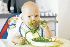 Desde muy temprana edad, los padres de familia deben contribuir con una alimentación sana para el desarrollo y crecimiento e sus hijos. - Banco de Imágenes /GENTE DE CAÑAVERAL