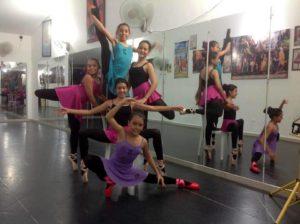La academia se dedica a preparar incansablemente a las bailarinas, con el fin de que se destaquen en las competencias.  - Facebook/GENTE DE CAÑAVERAL
