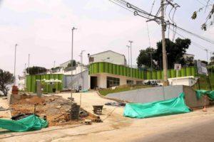 La obra de renovación urbana está ubicada sobre la autopista, en medio de los conjuntos Torres de Aragón y Buganvilia. - Élver Rodríguez /GENTE DE CAÑAVERAL