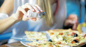Evite el alto consumo de sal y azúcar para prevenir enfermedades y cuidar su salud. - Banco de Imágenes/ GENTE DE CAÑAVERAL