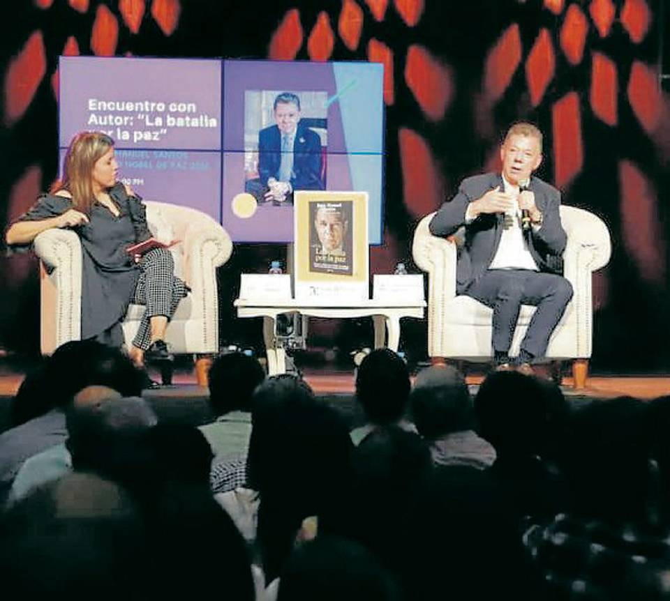 """Uno de los eventos con mayor asistencia el fue la presentación del libro """"La batalla por la Paz"""", del premio Nobel de Paz, Juan Manuel Santos. - Suministrada / GENTE DE CAÑAVERAL"""