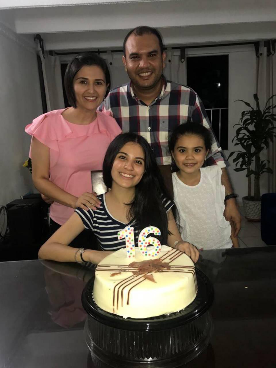 Suministrada/GENTE DE CAÑAVERALViviana Rangel, Valeria Barbosa, Jorge Luis Barbosa y Luciana Barbosa
