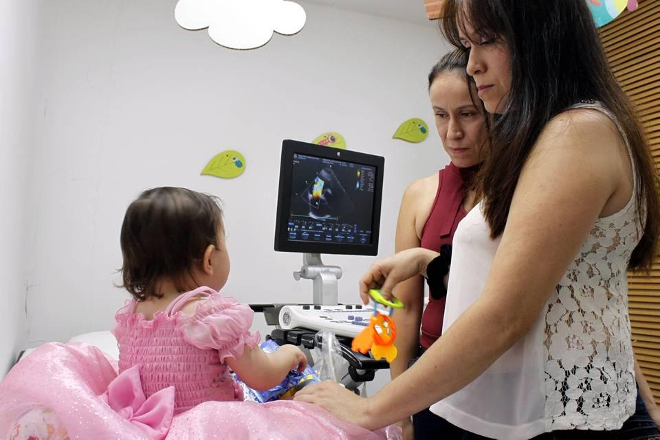 Salomé Alarcón es una pequeña de 2 años que fue diagnosticada con una cardiopatía congénita. Ella es una guerrera que irradia alegría y felicidad. - Jaime del Río/GENTE DE CAÑAVERAL