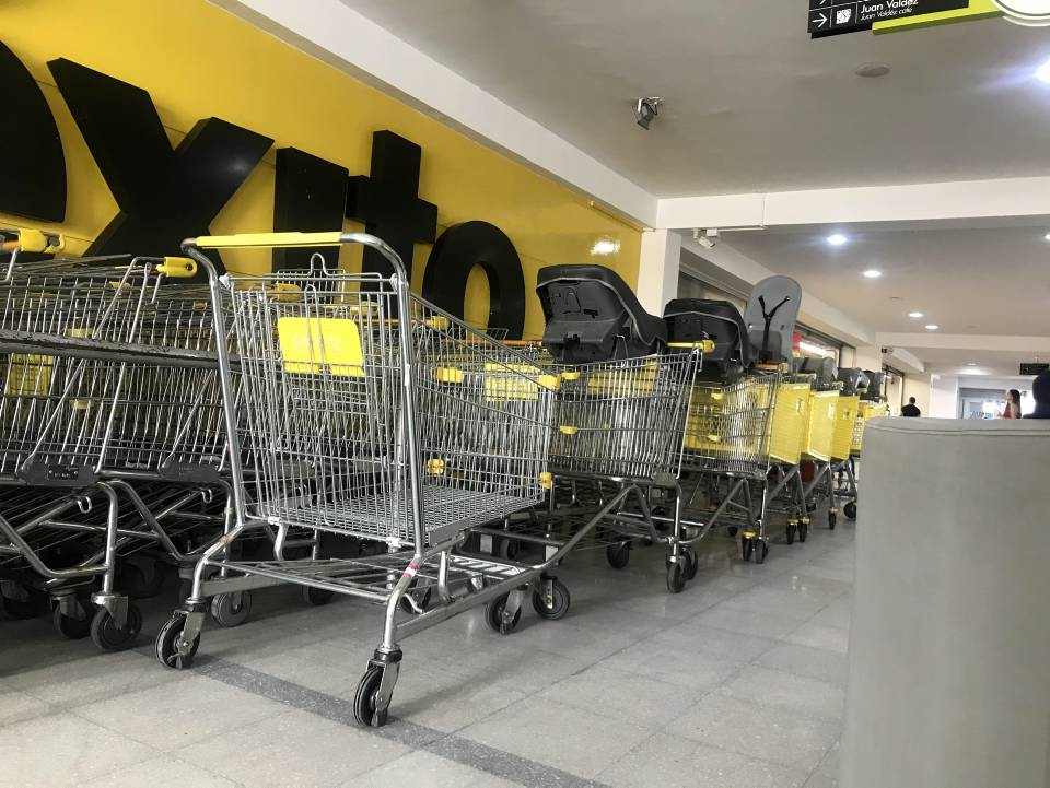 Los supermercados hacen un llamado a la ciudadanía para que regresen los carritos de mercado, porque de lo contrario se afectarían a los clientes. - /GENTE DE CAÑAVERAL