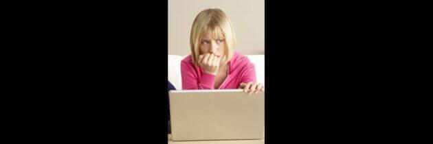 Padres y autoridades, en alerta por  los peligrosos juegos en la red