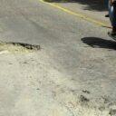 Peligrosos huecos  en la vía