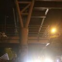 El puente  sigue oscuro