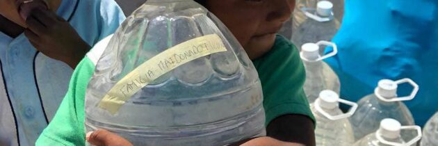 Aguatón para calmar la sed de los niños de la Guajira