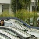 Carros en la calle: ¿falta de cultura o de parqueaderos?